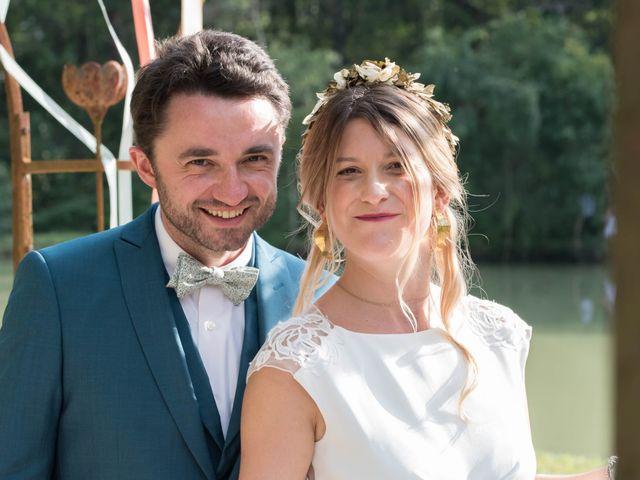 Le mariage de Baptiste et Hélène à Poilly-lez-Gien, Loiret 29