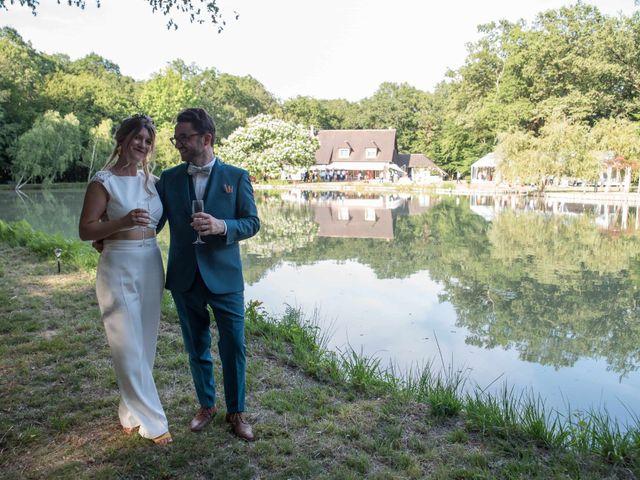 Le mariage de Baptiste et Hélène à Poilly-lez-Gien, Loiret 33