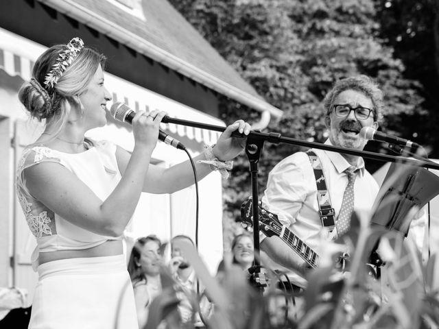 Le mariage de Baptiste et Hélène à Poilly-lez-Gien, Loiret 35