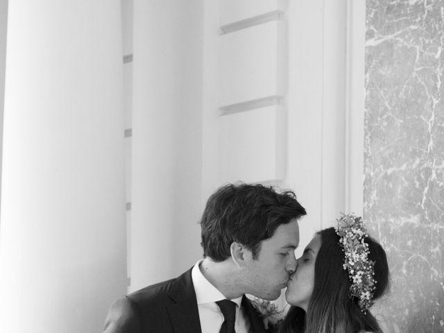Le mariage de Charlotte et Paul à Paris, Paris 17