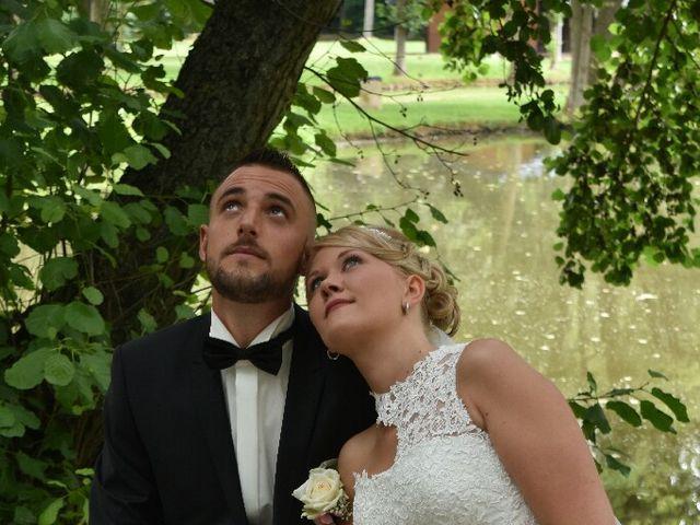 Le mariage de Pierre  et Laura  à Saint-Just-en-Chaussée, Oise 10