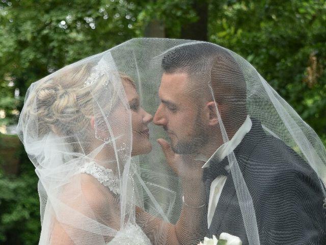 Le mariage de Pierre  et Laura  à Saint-Just-en-Chaussée, Oise 11