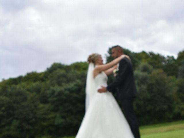 Le mariage de Pierre  et Laura  à Saint-Just-en-Chaussée, Oise 13