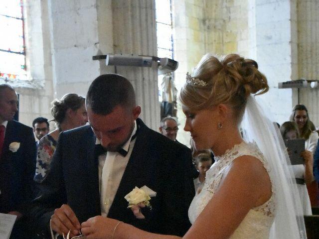 Le mariage de Pierre  et Laura  à Saint-Just-en-Chaussée, Oise 24