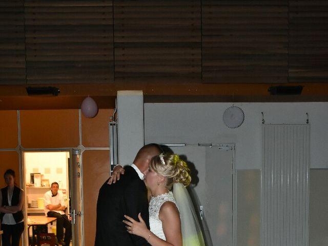 Le mariage de Pierre  et Laura  à Saint-Just-en-Chaussée, Oise 51