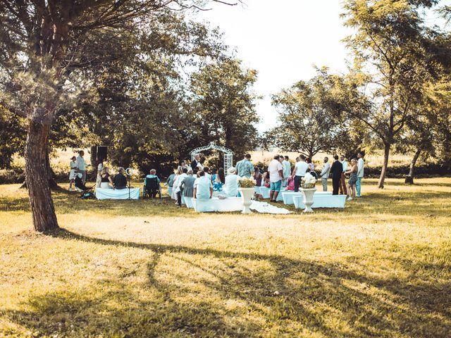 Le mariage de Thomas et Cathy à Fleurie, Rhône 8