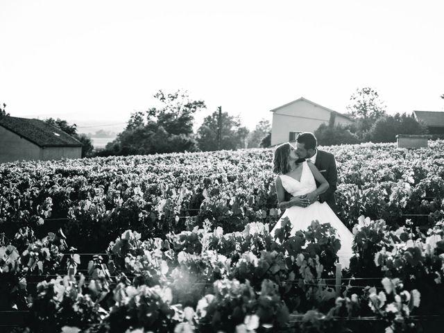 Le mariage de Thomas et Cathy à Fleurie, Rhône 1