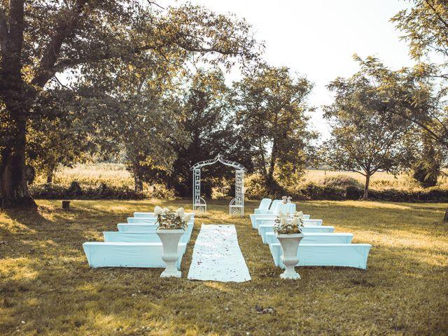Le mariage de Thomas et Cathy à Fleurie, Rhône 9
