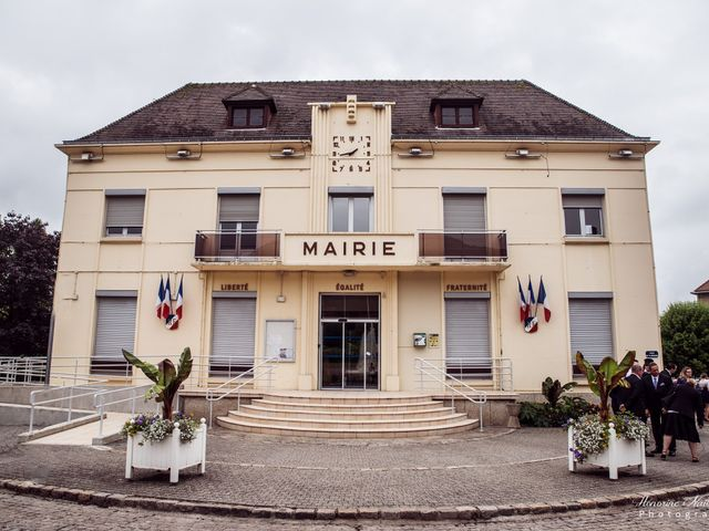 Le mariage de Léo et Amandine à Hénouville, Seine-Maritime 74
