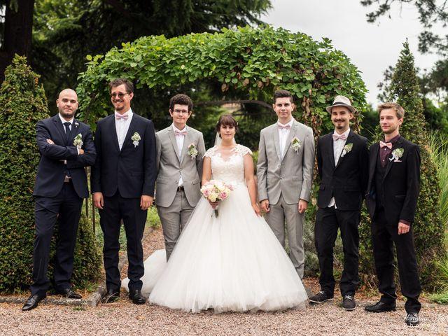 Le mariage de Léo et Amandine à Hénouville, Seine-Maritime 136