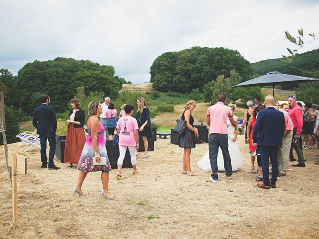 Le mariage de Nicolas et Emilie à Rougemont-le-Château, Territoire de Belfort 5