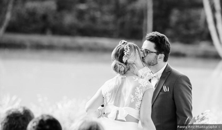 Le mariage de Baptiste et Hélène à Poilly-lez-Gien, Loiret