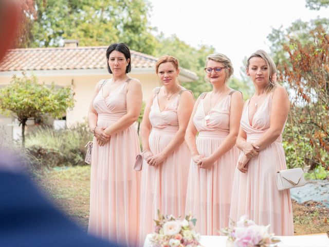 Le mariage de Loïc et Alexiane à Bourriot-Bergonce, Landes 40