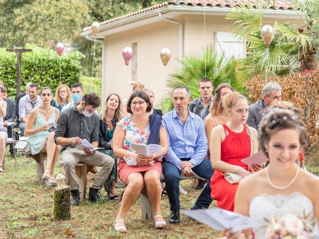 Le mariage de Loïc et Alexiane à Bourriot-Bergonce, Landes 36