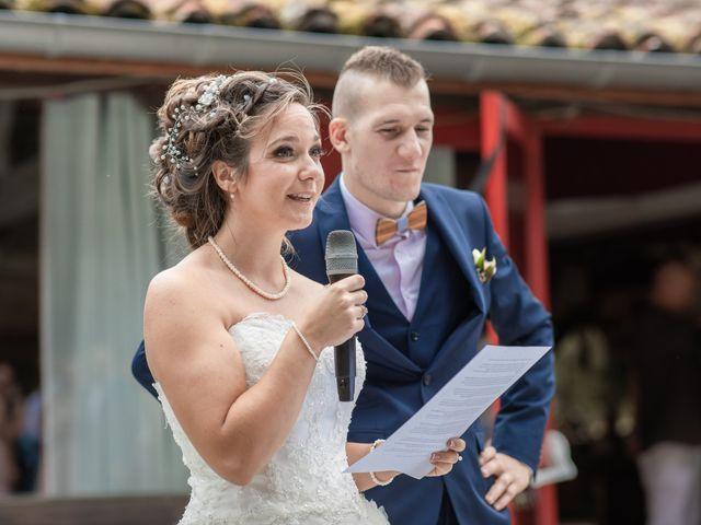 Le mariage de Loïc et Alexiane à Bourriot-Bergonce, Landes 59