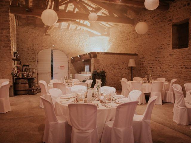 Le mariage de Yann et Mélanie à Pommiers, Rhône 11