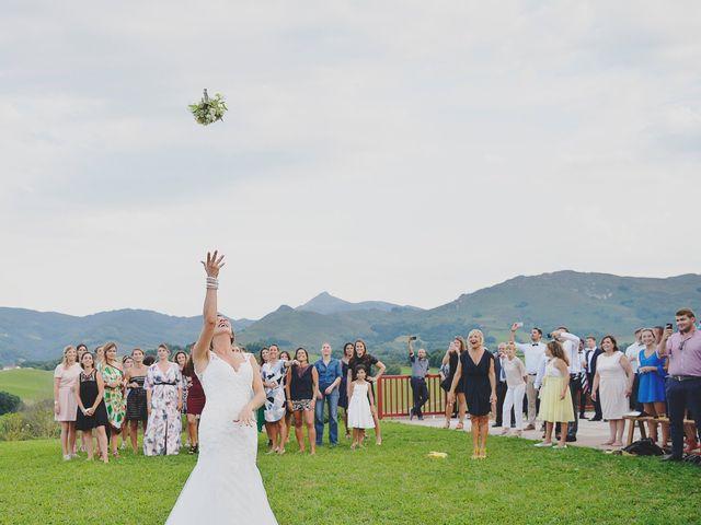Le mariage de clément et julie à Saint-Pée-sur-Nivelle, Pyrénées-Atlantiques 23