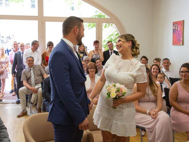 Le mariage de Yohann et Eloïse à Loriol-sur-Drôme, Drôme 36