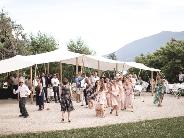 Le mariage de Yohann et Nelly à Présilly, Haute-Savoie 20