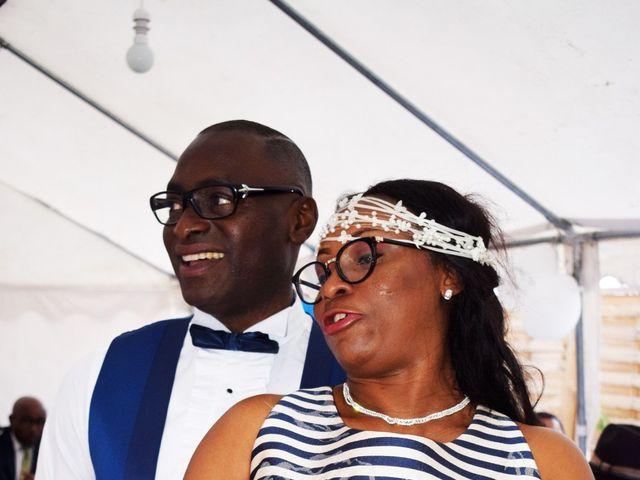 Le mariage de Fritz et Francoise à Dugny, Seine-Saint-Denis 24