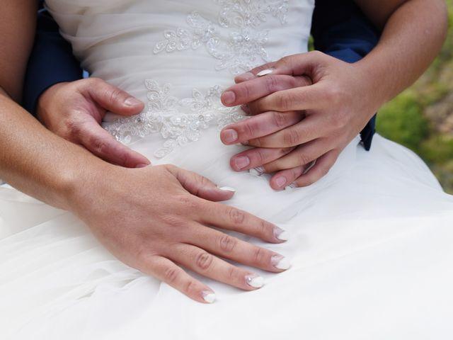Le mariage de Loïc et Anaïs à Pélussin, Loire 17