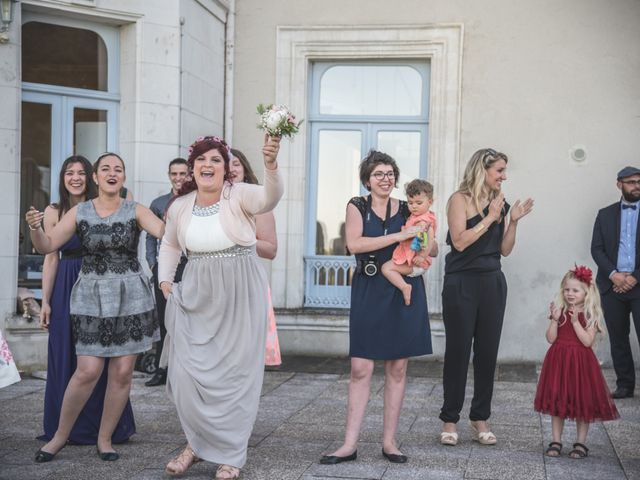 Le mariage de Alban et Johanna à Auxerre, Yonne 23