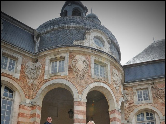 Le mariage de Quentin et Alicia à Saint-Fargeau, Yonne 24