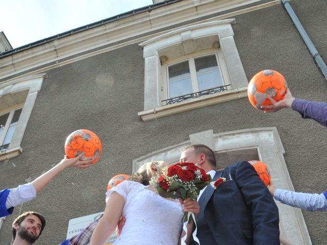 Le mariage de Quentin et Alicia à Saint-Fargeau, Yonne 44