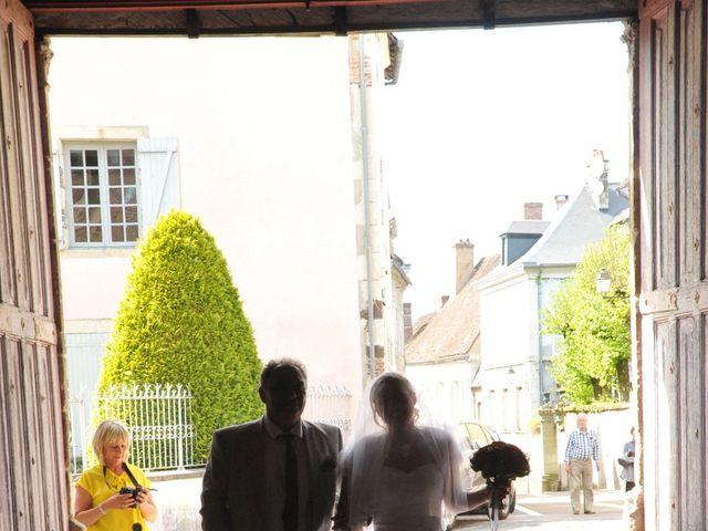 Le mariage de Quentin et Alicia à Saint-Fargeau, Yonne 51
