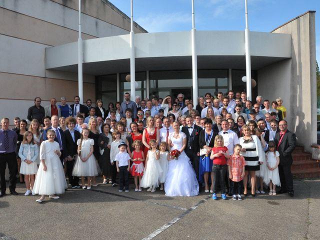 Le mariage de Quentin et Alicia à Saint-Fargeau, Yonne 65