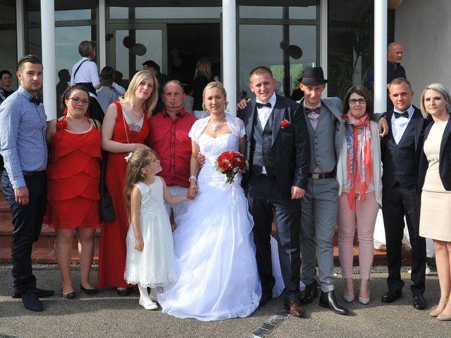 Le mariage de Quentin et Alicia à Saint-Fargeau, Yonne 68