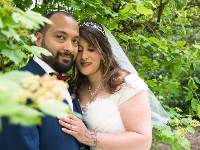 Le mariage de Kevin et Sara à Villars-les-Dombes, Ain 69