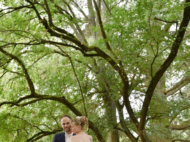 Le mariage de Cyrille et Caroline à Lyon, Rhône 3