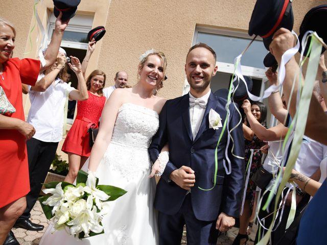 Le mariage de Cyrille et Caroline à Lyon, Rhône 33