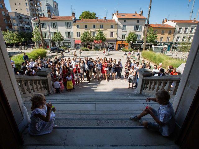 Le mariage de Sébastien et Elise à Oullins, Rhône 16