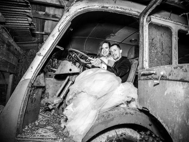 Le mariage de Ludo et Sandra à Druyes-les-Belles-Fontaines, Yonne 5