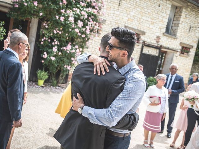 Le mariage de Ludo et Sandra à Druyes-les-Belles-Fontaines, Yonne 11