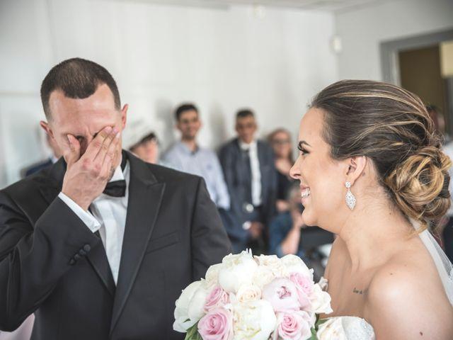 Le mariage de Ludo et Sandra à Druyes-les-Belles-Fontaines, Yonne 16