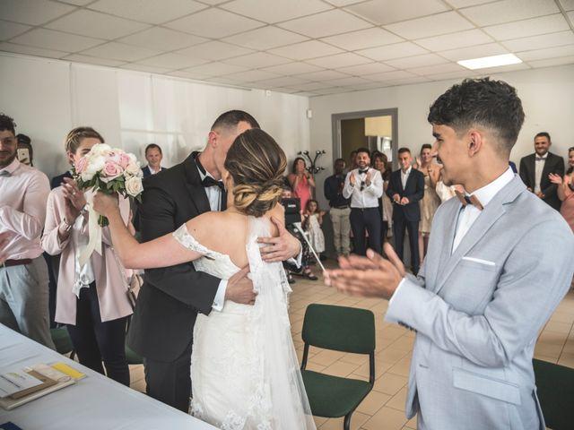 Le mariage de Ludo et Sandra à Druyes-les-Belles-Fontaines, Yonne 17