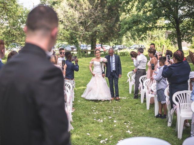 Le mariage de Ludo et Sandra à Druyes-les-Belles-Fontaines, Yonne 22