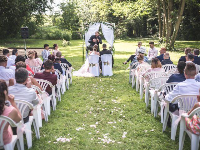 Le mariage de Ludo et Sandra à Druyes-les-Belles-Fontaines, Yonne 23