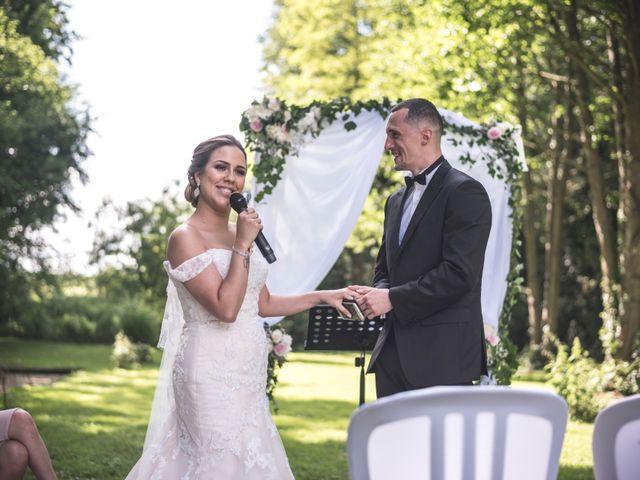 Le mariage de Ludo et Sandra à Druyes-les-Belles-Fontaines, Yonne 24