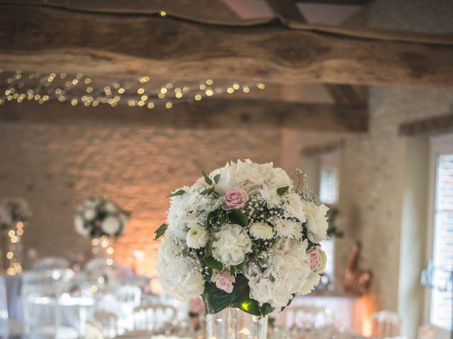 Le mariage de Ludo et Sandra à Druyes-les-Belles-Fontaines, Yonne 35