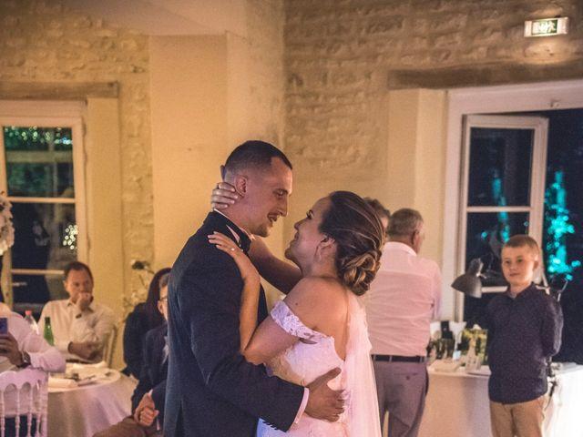 Le mariage de Ludo et Sandra à Druyes-les-Belles-Fontaines, Yonne 42