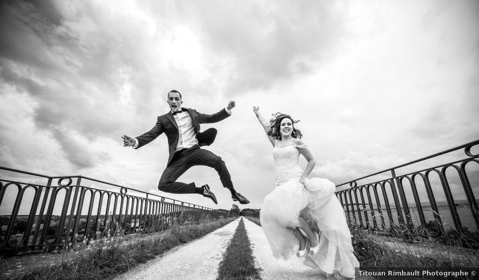 Le mariage de Ludo et Sandra à Druyes-les-Belles-Fontaines, Yonne