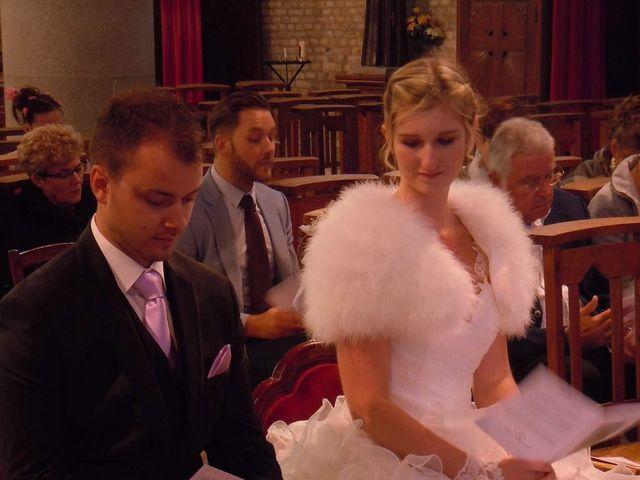 Le mariage de Jason et Elodie à Bourbourg, Nord 5