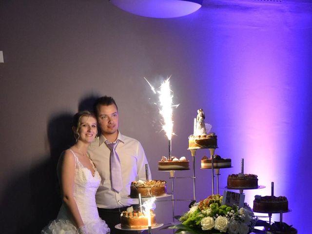 Le mariage de Jason et Elodie à Bourbourg, Nord 6