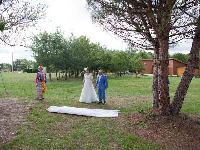 Le mariage de Maxime et Coralie à Cours-les-Bains, Gironde 6