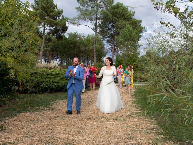 Le mariage de Maxime et Coralie à Cours-les-Bains, Gironde 12