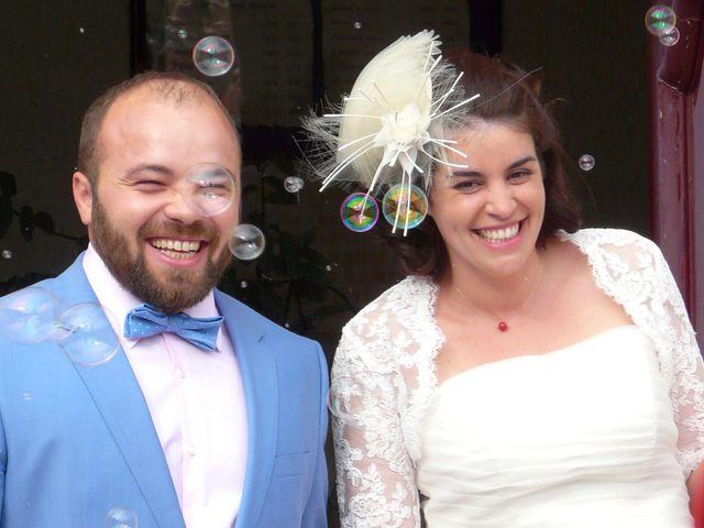 Le mariage de Maxime et Coralie à Cours-les-Bains, Gironde 18